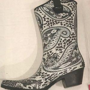 Paisley print rain boots